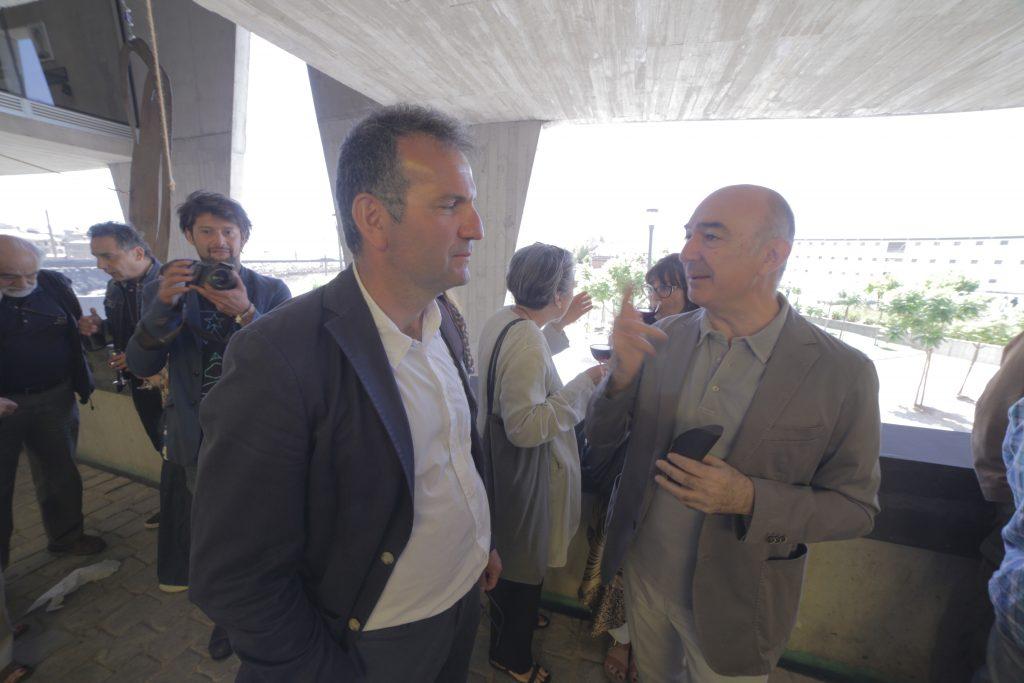 Con l'ambasciatore italiano in Cile Marco Ricci, Bienal du Fin del Mundo, Valparaìso 2015