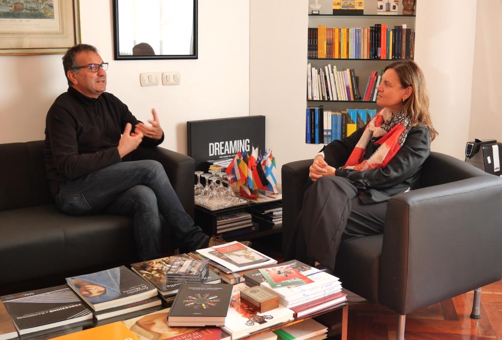 Con Donatella Cannova, direttrice dell'Istituto Italiano di Cultura, Buenos Aires 2019